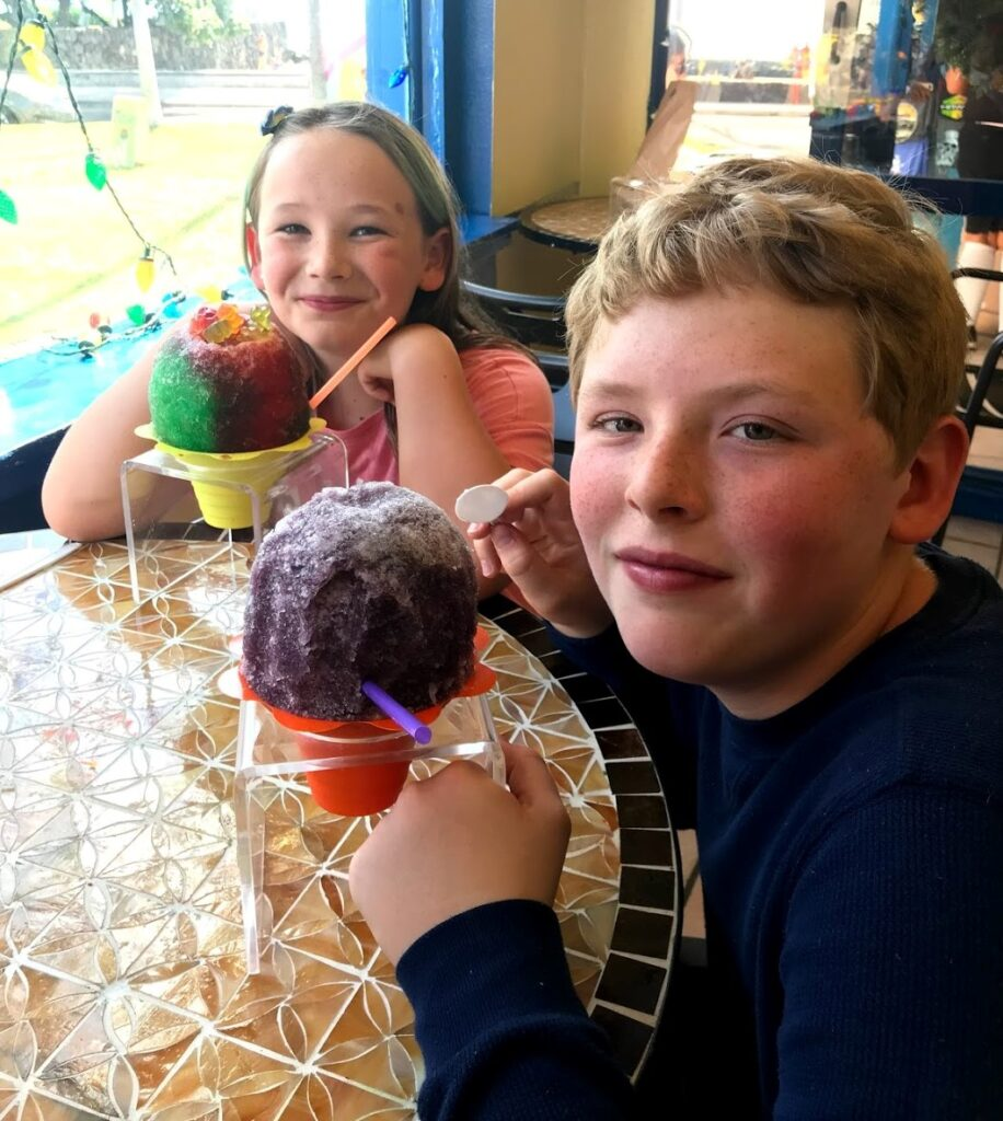 Otto and Etta eating shave ice